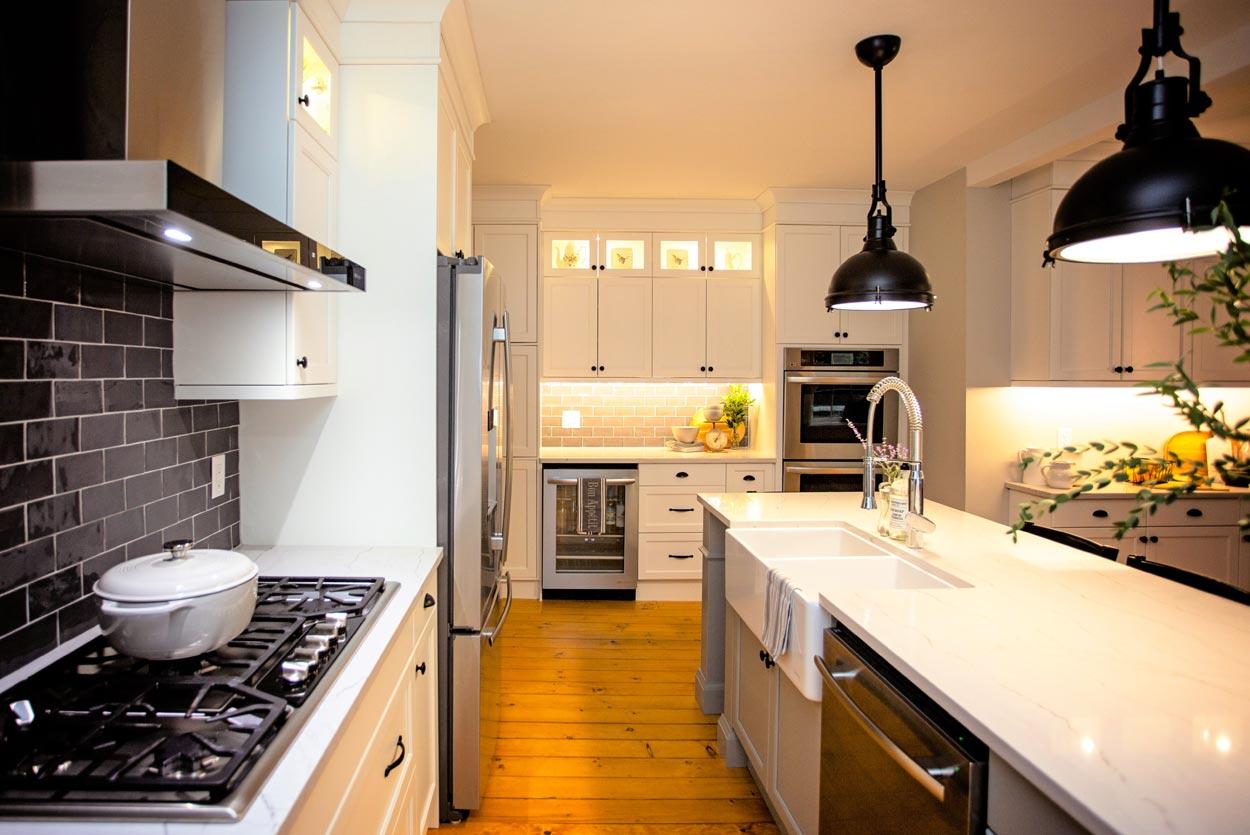 historic-home-iron-stove
