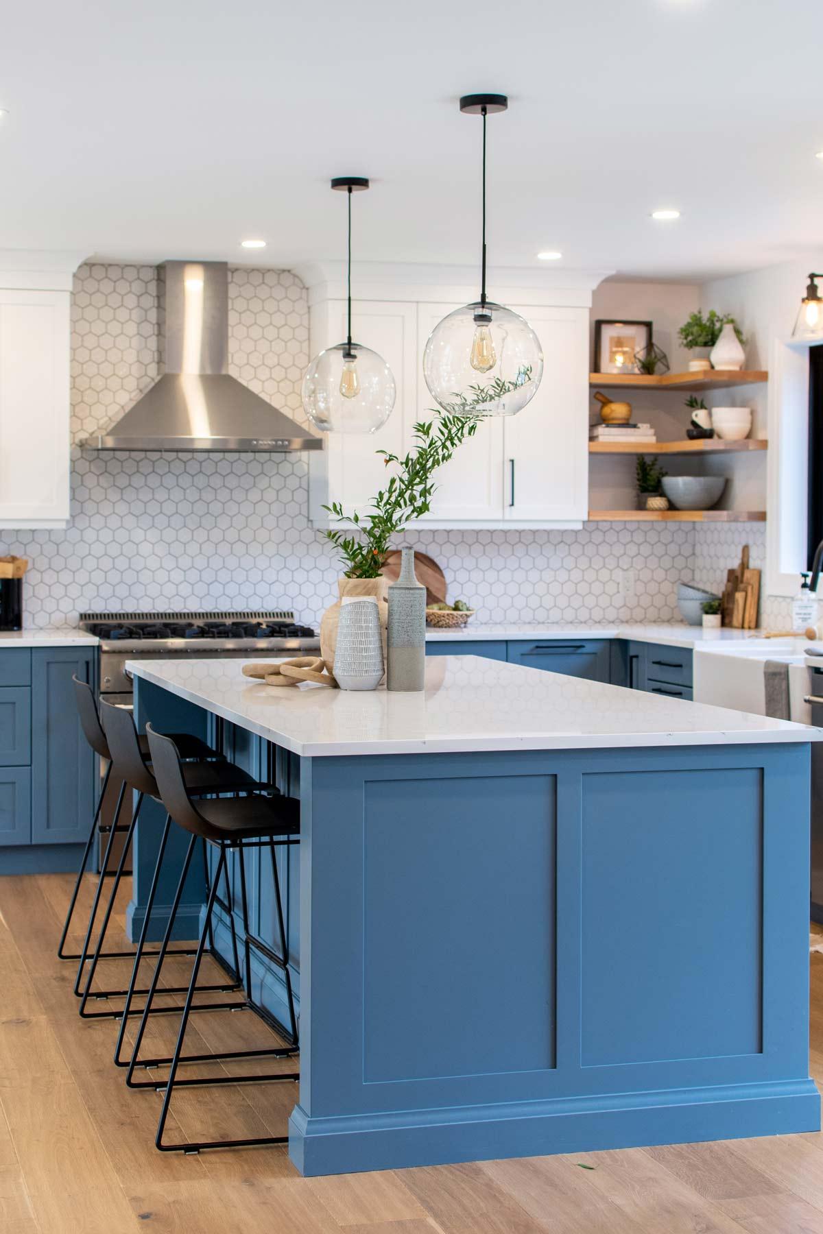 blue-kitchen-white-hex