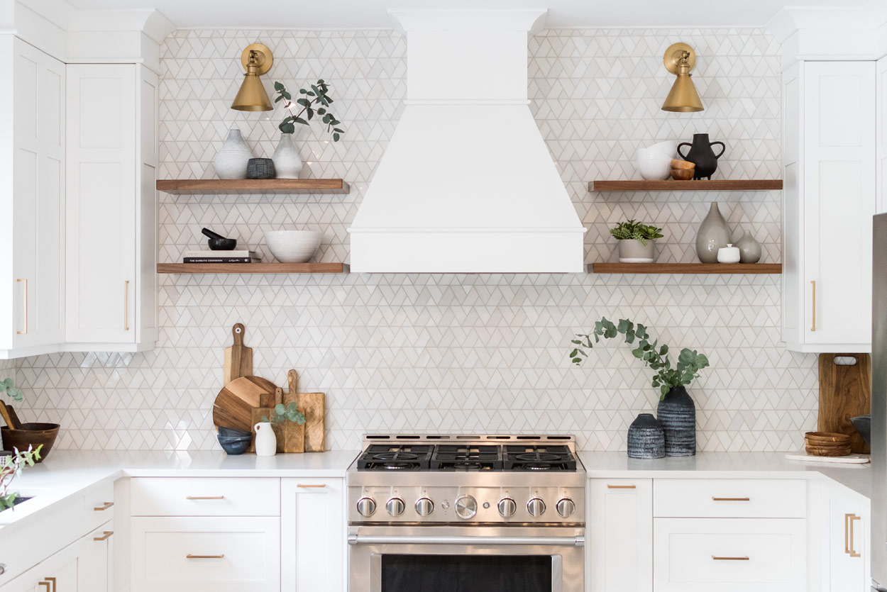 tundra-lane-white-oven-hood-brass