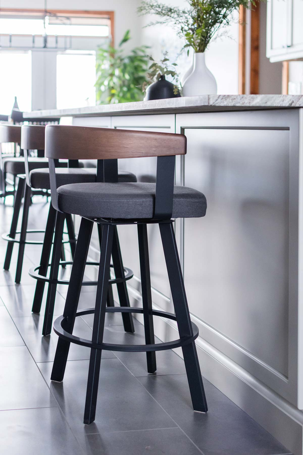 willow-lane-stools